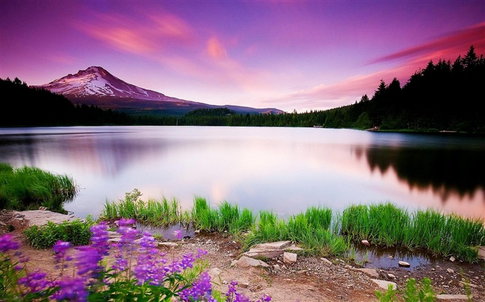 Lake_of_Heaven-Nature_Scenery_Wallpaper_medium